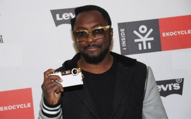 Will.i.am trasforma l'iPhone in una fotocamera reflex