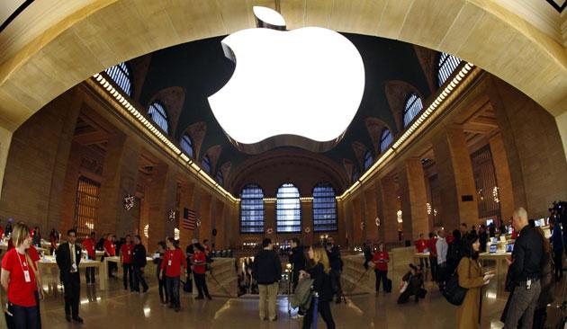 Apple contro Samsung: il giudice blocca 0 milioni