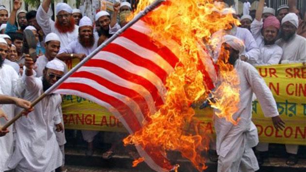 YouTube dice 'No' alla Casa Bianca, il film blasfemo resta online